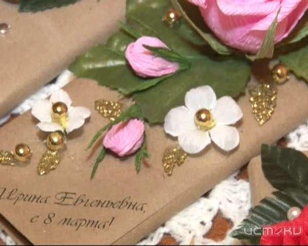 """Лучший подарок-это подарок, сделанный своими руками! Орловчанка освоила технику """"свит - дизайна"""""""