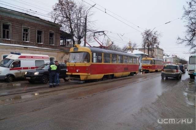 ВОрле из-за резкого торможения трамвая пострадала его пассажирка