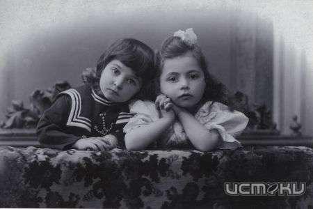 Дом фотографии представил кадры детской моды предыдущего