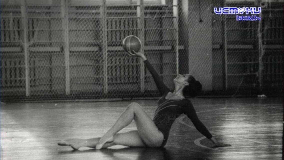 В Орле прошел турнир по художественной гимнастике, посвященный памяти Заслуженного тренера СССР Валентины Бастиан